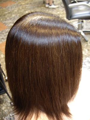 傷んだ髪の修復